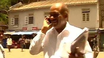Video : 'Taliban cop' Dhoble just doing his job, says Mumbai court
