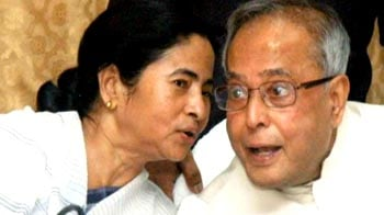 Video : Is Mamata Banerjee pushing for early polls?
