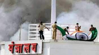 Video : Mantralaya fire: The bravery of fire-fighters on display