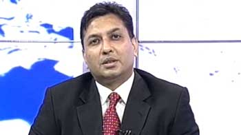 Video : Hold TVS Motor, ACC, sell Educomp, Lloyd's steel: Experts