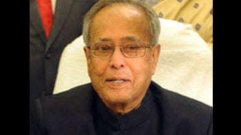Video : Pranab Mukherjee to resign today; who will take over?