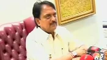 Video : Vilasrao Deshmukh to appear before Adarsh panel today