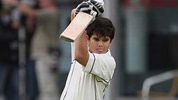 Videos : तेंदुलकर का बेटा अर्जुन अंडर-14 टीम में