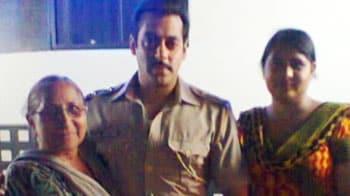Video : Salman Khan meets Sarabjit Singh's family