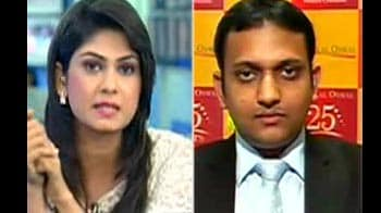 Video : Investors to sell if Nifty falls below 5260 levels: Motilal Oswal