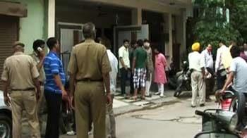 Videos : दिल्ली : बदमाशों ने 12 साल के लड़के को गोली मारी