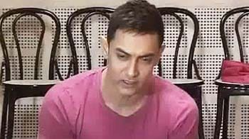 Video : Aamir Khan speaks out against female foeticide