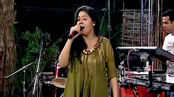 Video : Sunidhi Chauhan performs for Save Our Tigers telethon