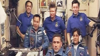 Video : Sunita Williams and crew talk to family and friends from space