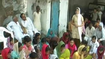 Video : Khaps change strategy, now get girls to back them?