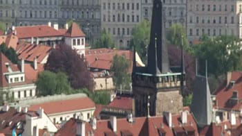 Video : Neha Dixit welcomes you to Prague