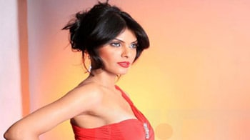 Video : Sherlyn Chopra, the first Indian Playboy pin up
