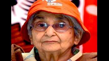 Videos : नेताजी की सहयोगी कैप्टन लक्ष्मी सहगल का निधन