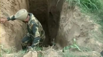 Video : Security forces discover tunnel connecting India to Pakistan at Jammu