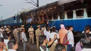 Video : Train fire: Experts probing sabotage angle