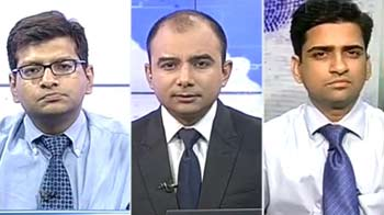 Video : Hold Yes Bank shares for long term: Experts