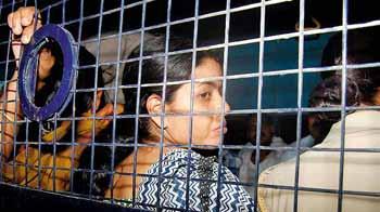 Videos : सामाजिक कार्यकर्ता सीमा आजाद को मिली जमानत