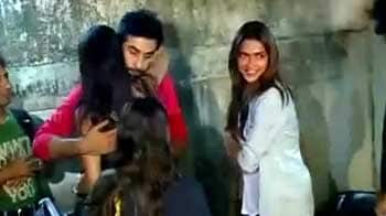 Video : Ranbir, Deepika, Anushka gang up for <i>Wasseypur</i>