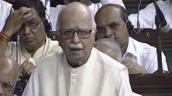 Video : Central Govt accountable for Assam violence: Advani