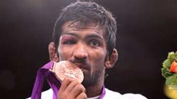 Video : London 2012: Yogeshwar fights to a Bronze