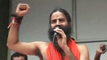 Video : Baba Ramdev in speech targets PM, Congress