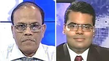 Video : Buy Tata Motors, Reliance capital stocks: Manish Hathiramani