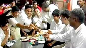 Video : The business of Ramadan: 'Fast' food, fast bucks