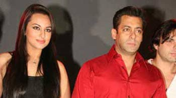Video : All's not well between Sonakshi and Salman