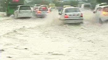 Video : No respite from rain in Delhi; waterlogging hits traffic