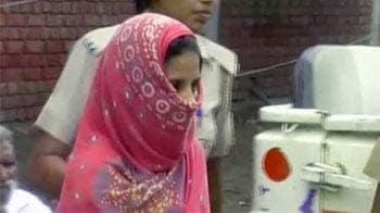 Video : पंजाब : बेटी ने प्रेमी के साथ मिलकर मां को मार डाला