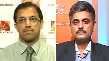 Video : Difficult times ahead; avoid sectoral calls: Experts