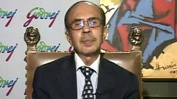 Video : 5.5% growth very low, need to accelerate reforms: Adi Godrej