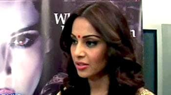 Video : Theatres get the gaming fever; Chat with <i>Raaz 3</i> stars