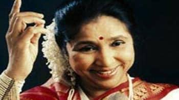 Video : Evergreen Asha Bhosle @ 79
