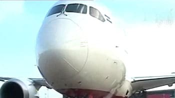 Video : Air India gets its first Dreamliner, India-Pak ink new visa pact