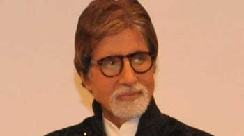 Video : Big B threatens to quit social networking sites