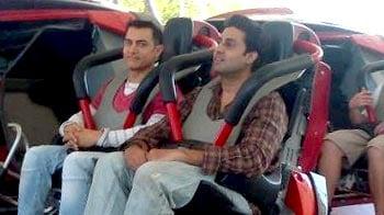 Video : Aamir Khan, Abhishek Bachchan bond on <i>Dhoom 3</i> shoot