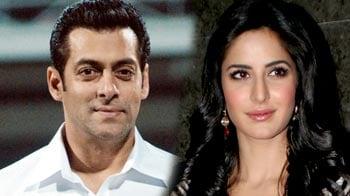 Video : Salman first visitor at Katrina's new home