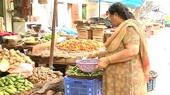 Video : Truth vs Hype: FDI in retail - Political doublespeak