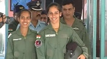 Video : Saina Nehwal takes to the sky in a trainer aircraft