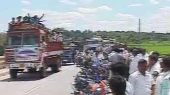 Video : Cauvery water row: Protests begin at Karnataka dam