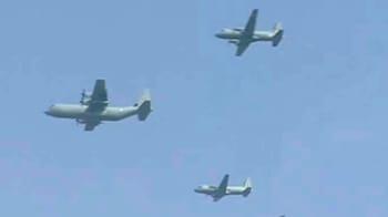 Videos : हिंडन एयरबेस पर वायुसेना दिवस की रिहर्सल