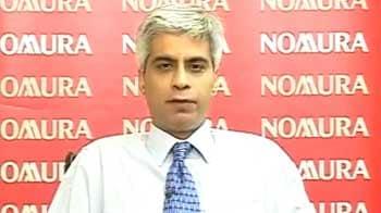 Video : Rupee may depreciate after consolidation: Nomura