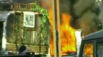Video : मधुबनी में छात्र की हत्या पर भीषण आगजनी, तोड़फोड़