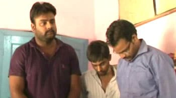 Video : BJP youth leader allegedly shoots waiter in Kanpur