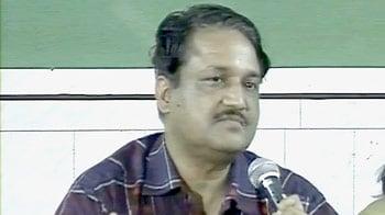 Videos : 'शरद पवार का परिवार है असली घोटालेबाज'