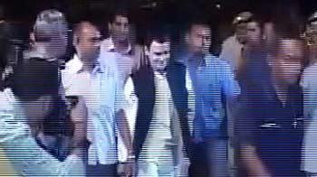 Video : Rahul Gandhi attends Saif, Kareena's Delhi reception