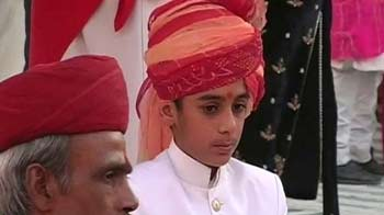 Video : 14-year-old Maharaja and a Royal Dussehra