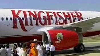 Video : Kingfisher pilots, engineers accept management's salary offer, join work