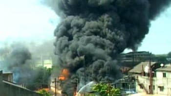 Video : Major fire at a chemical factory in Thane